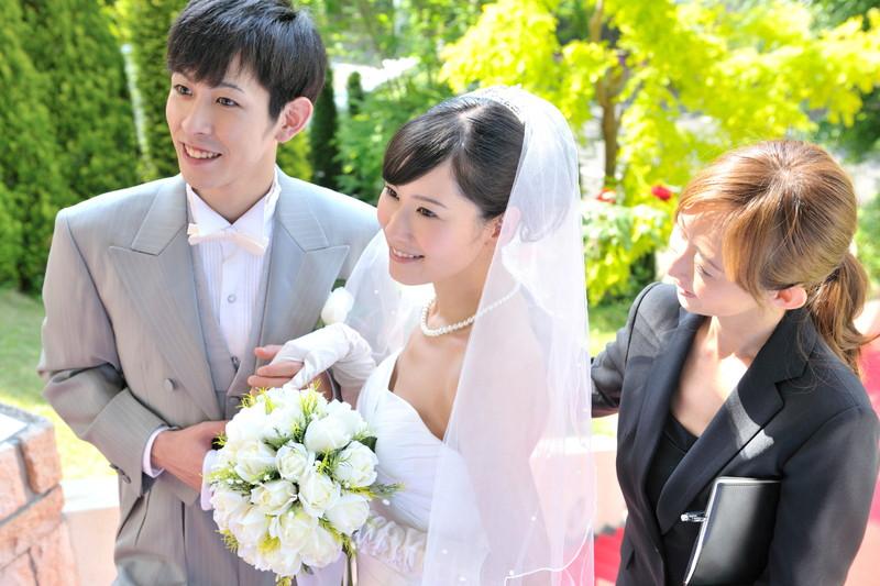 結婚式をサポート